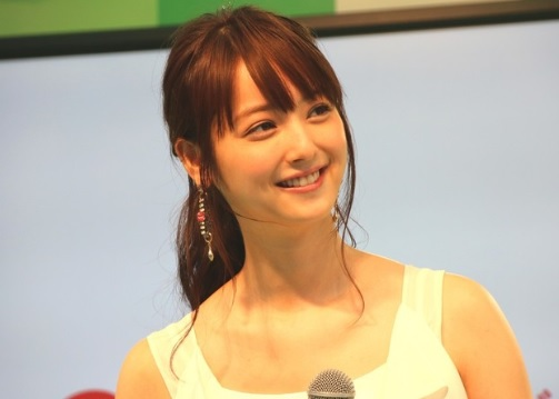 中島健人の現在の彼女は誰?歴代彼女の画像から好みのタイプを予想!